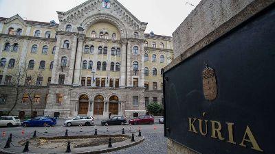 Különleges bevetési pótlék kifizetésével kapcsolatos ügyben hozott határozatot a Kúria